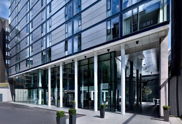 Doubletree-Westminster-Exterior